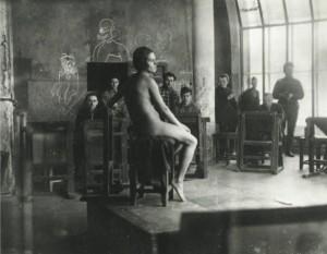 Занятия по рисунку в мастерской профессора Игнатия Нивинского. 1928